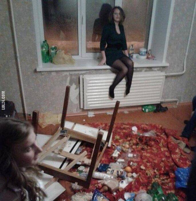 po imprezie : Co złego to nie ja