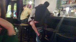 Takie tam, w barze