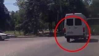 Ukraiński Terminator za autobusem