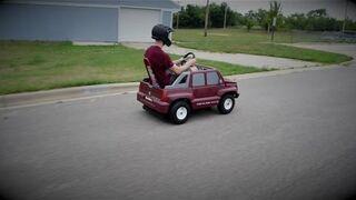 Silnik od kosiarki w dziecięcym samochodziku
