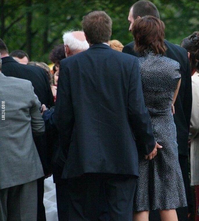 wpadka : Wujek na pogrzebie