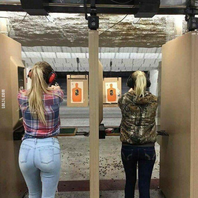 kobieta : 45 vs 9 mm kaliber