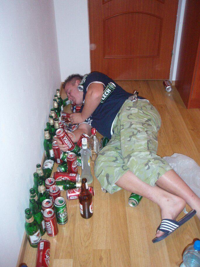 po imprezie : sen podłogowy