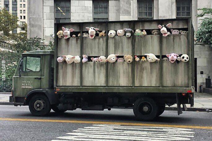 pozostała : Muppety jadą do rzeźni