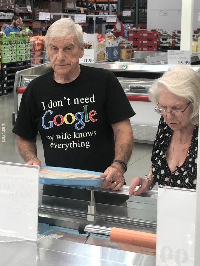 napis, reklama : Ten facet nie potrzebuje Google