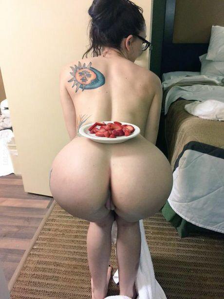 NSFW : Śniadanie do łóżka