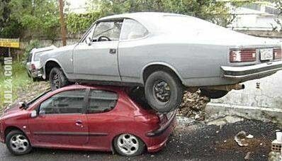 wpadka : Tym samochodem musiała jechać jakaś kobieta