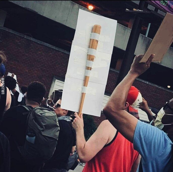 LOL : Na wypadek, gdyby forma protestu się zmieniła