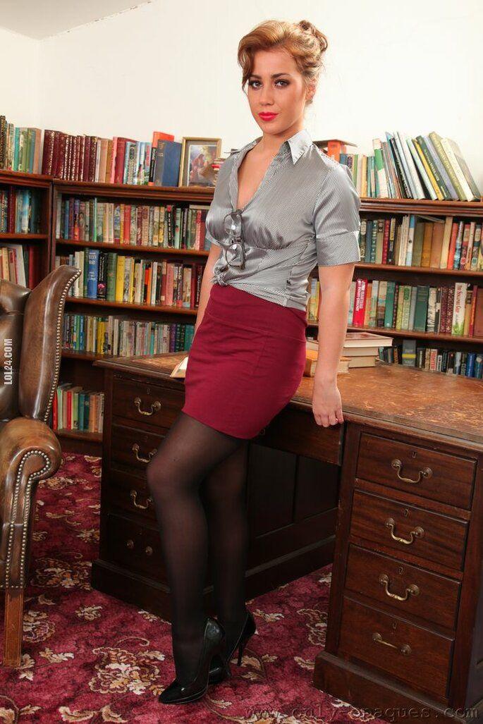 kobieta : Biblioteka - miejsce, gdzie można sie poczuć erotycznie 2