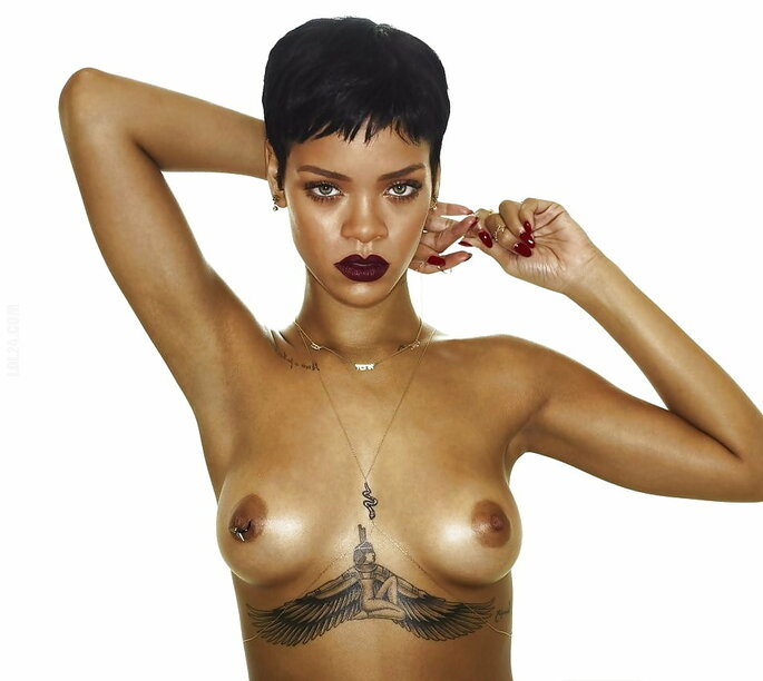 erotyka : Rihanna sexy women