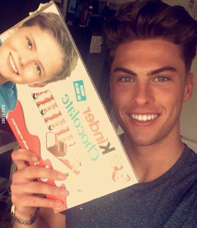 napis, reklama : Tak wygląda teraz chłopak z pudełka Kinder czekolady