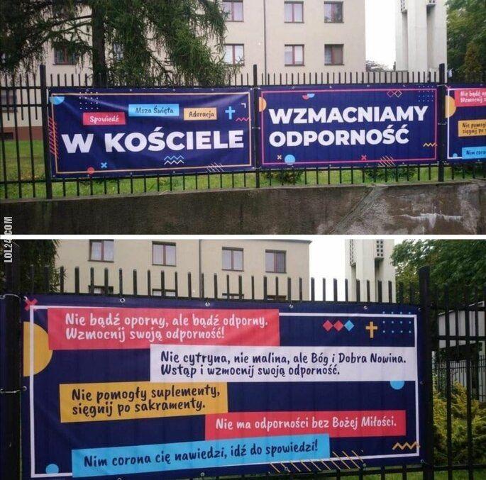 """napis, reklama : """"W kościele wzmacniamy odporność"""""""