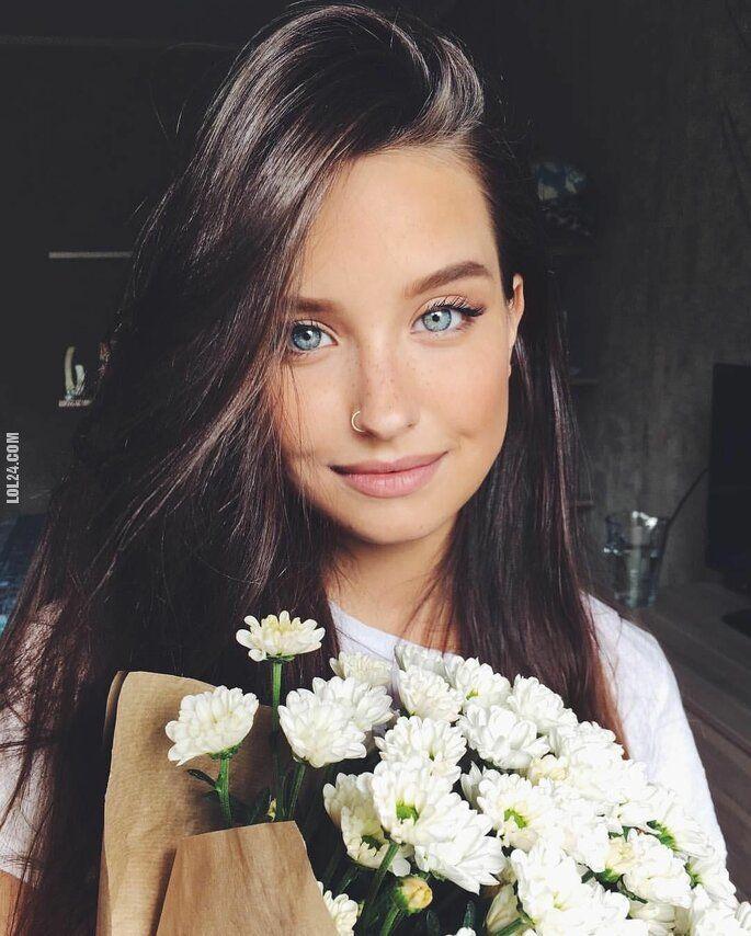 urocza, słodka : Katya Amiro