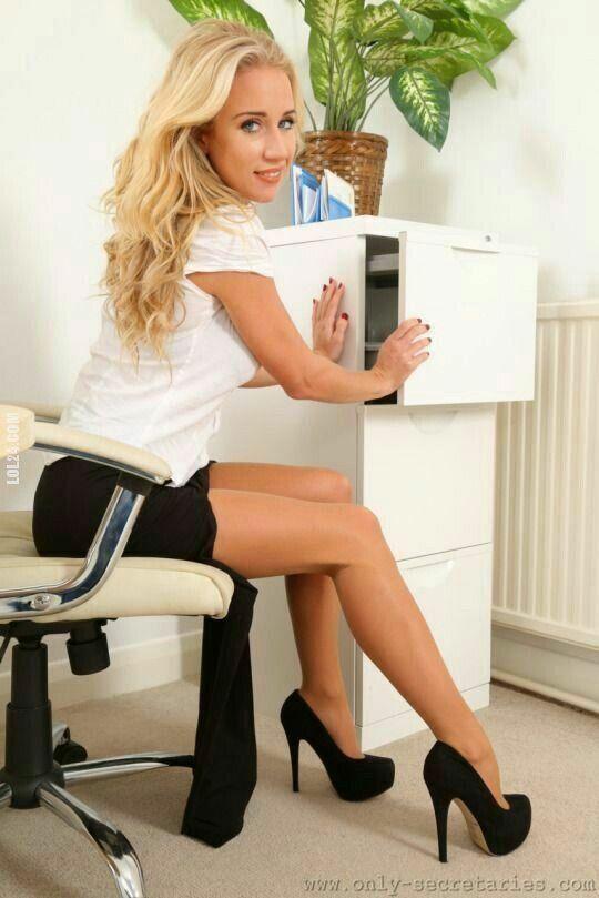 kobieta : Pani sekretarka