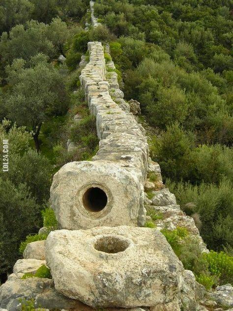 niesamowite : Starożytny rzymski akwedukt, Patara w Turcji