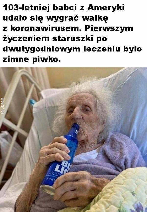 inne : 103-letnia babcia po wyleczeniu z koronawirusa