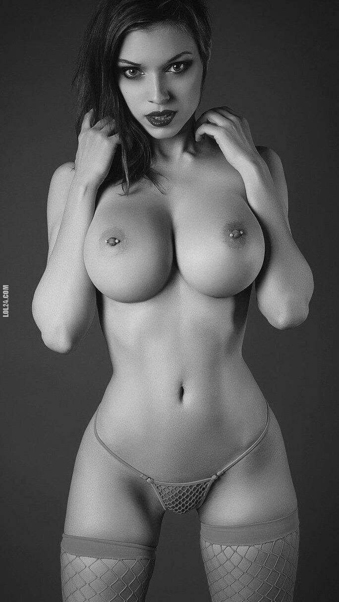 erotyka : Piercing