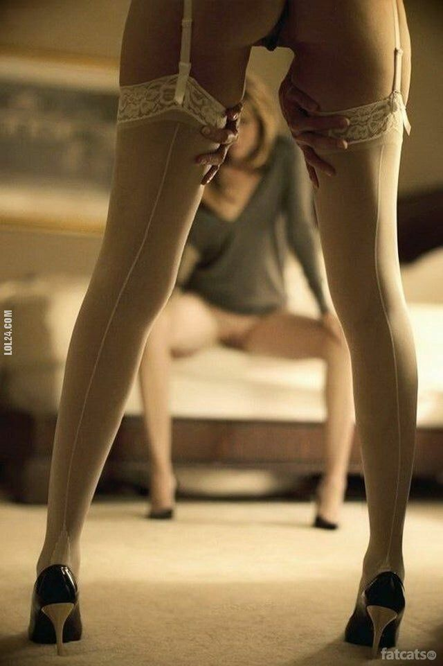 erotyka : Białe pończochy