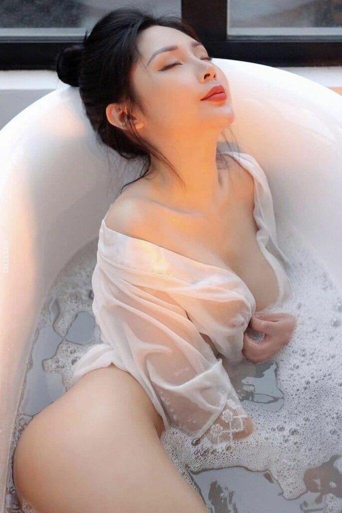 erotyka : Azjatycka piękność 10
