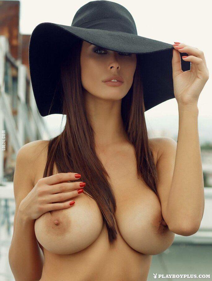erotyka : W kapeluszu 3