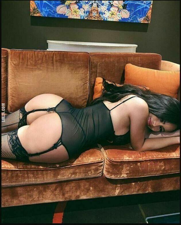 erotyka : Ładna pupcia 256