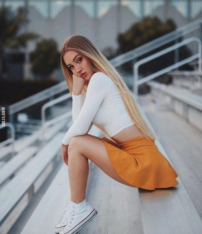 kobieta : Urocze dziewcze 64