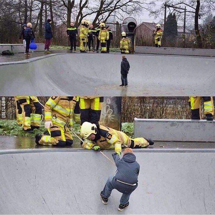 wpadka : Akcja ratunkowa w skateparku