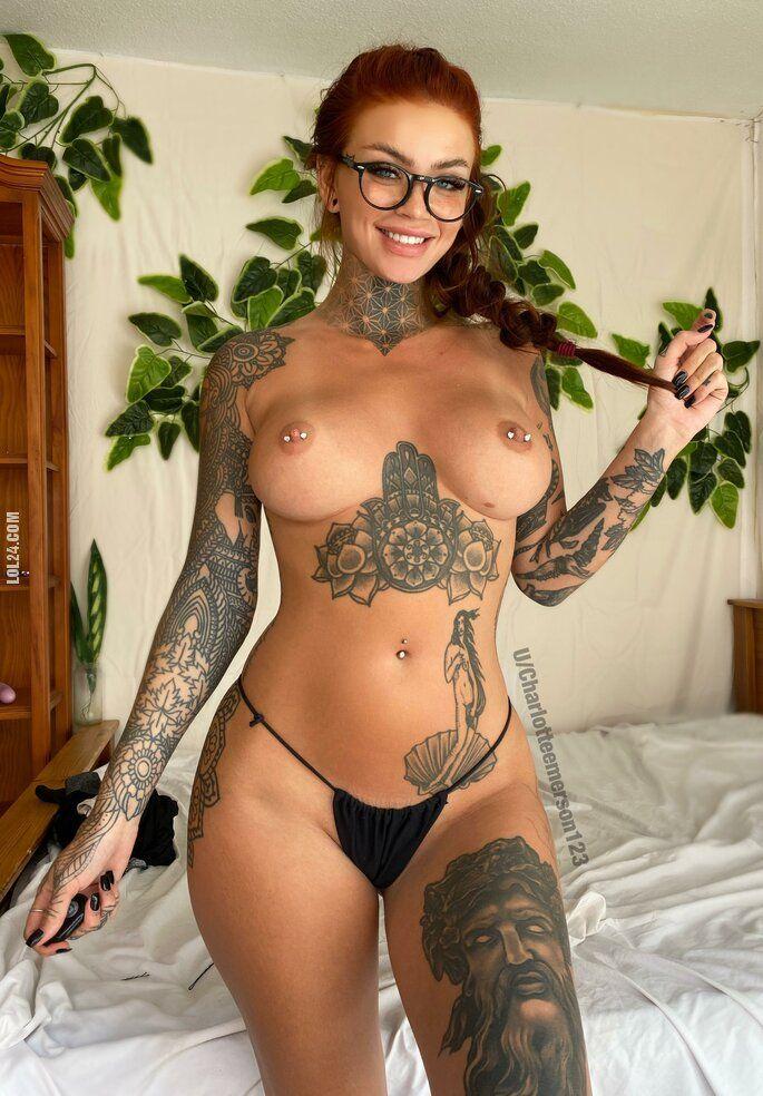 erotyka : Kobieta z tatuażem #1