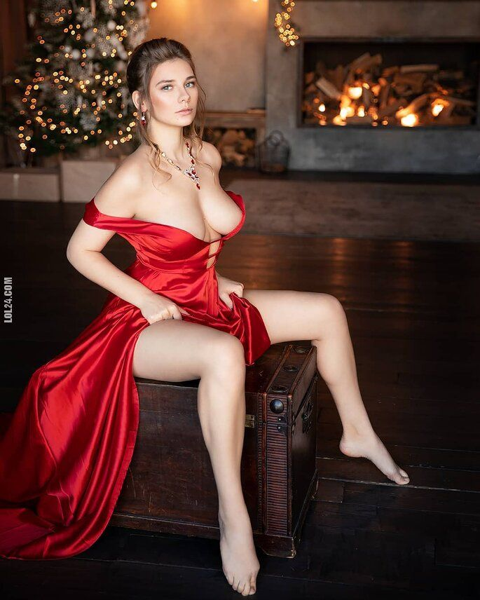 kobieta : Lady in Red 2