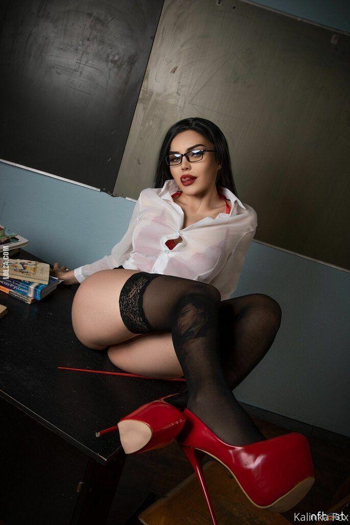 erotyka : Kalinka Fox Sexy Teacher