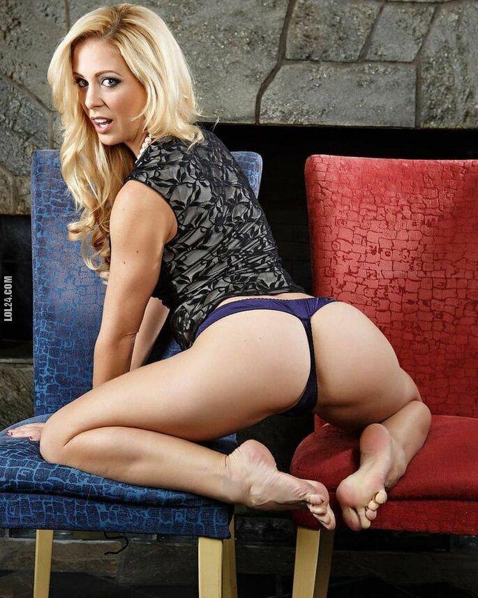 erotyka : Beautiful blonde ass