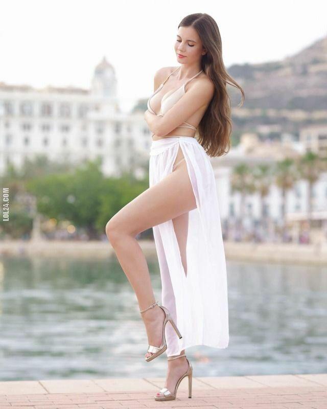 urocza, słodka : Adriana Majewska w bieli