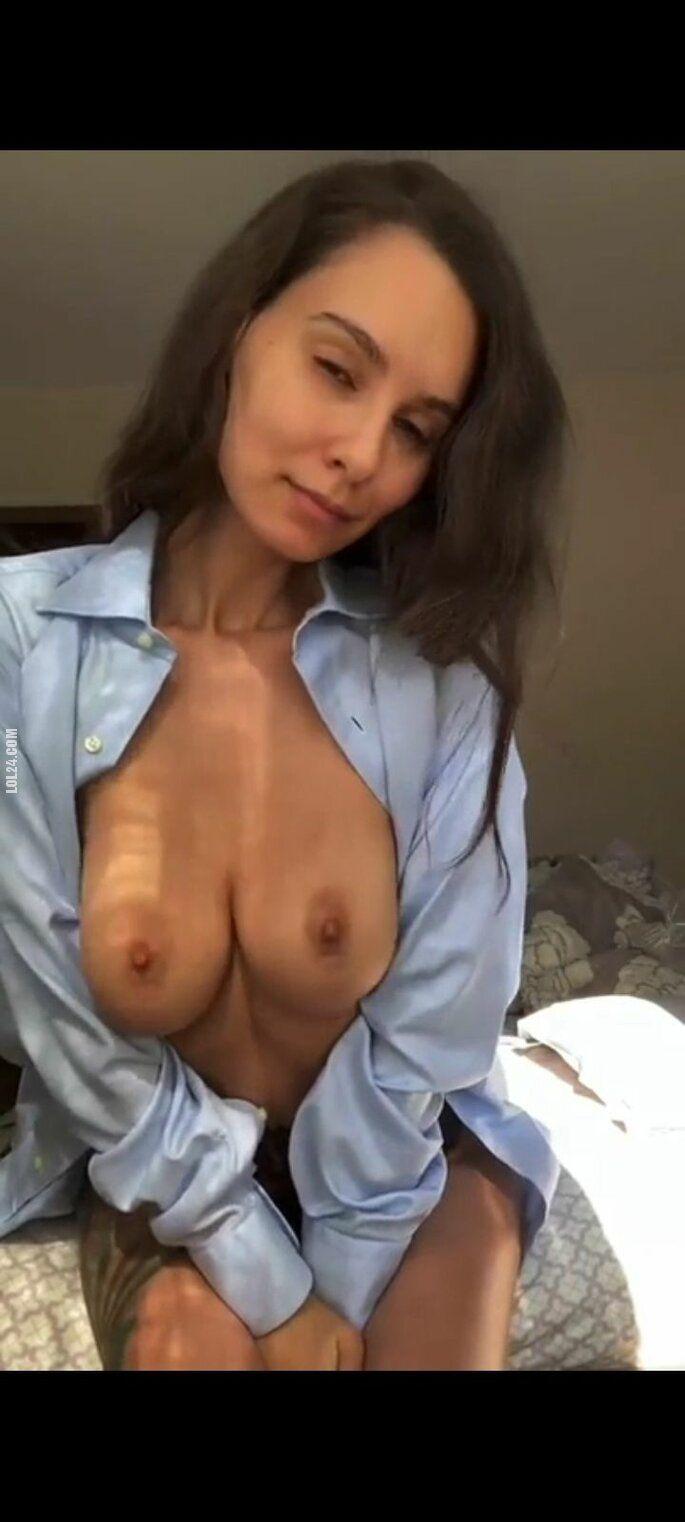 erotyka : Urocza kobieta 492
