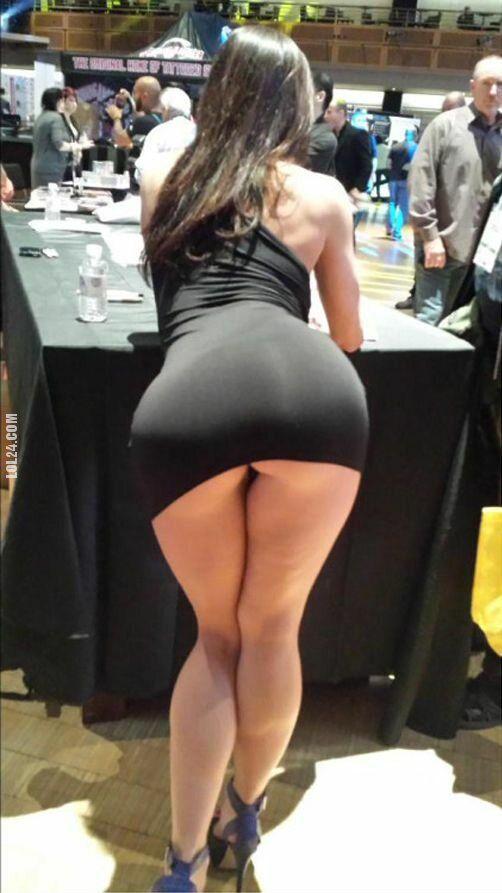 kobieta : Mała czarna 4