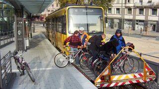 Tramwaj ze stojakiem na rowery
