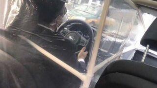 Kierowca ubera przygotowany