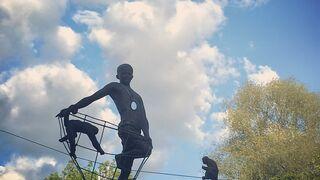 Balansujące rzeźby