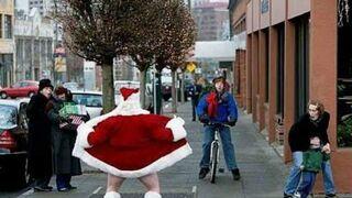 Mikołaj pokazuje....