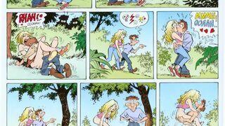 Stuk puk pod drzewem