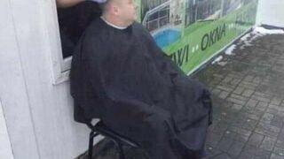 U fryzjera w czasie pandemii
