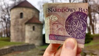 Romańska Rotunda z Cieszyna na banknocie 20zł