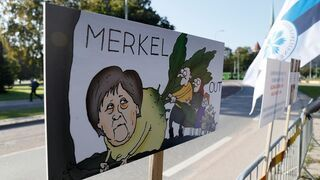 "Estonia: ""MERKEL OUT"""