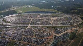 Teksas: Złomowisko samochodowe po huraganie Harvey