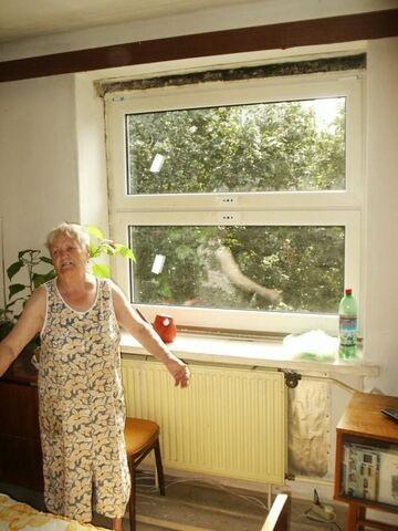 Fachowcy wstawili okno