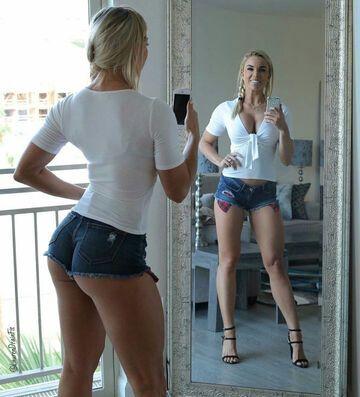 Foto przed lustrem