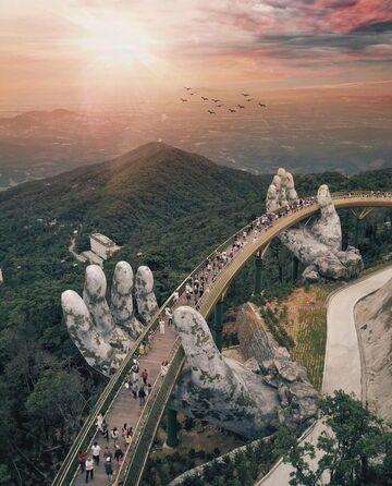 Golden Bridge - most w Wietnamie