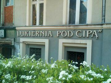 Jakiś śmieszek zamienił litery w cukierni. Katowice