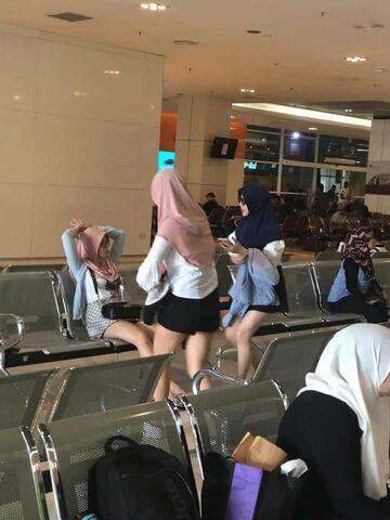Turystki z Chin kupiły sobie Hidżab