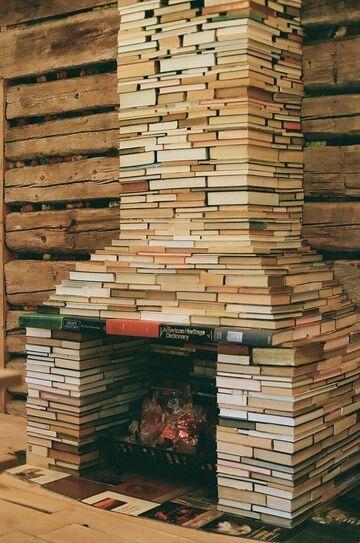 Książkowy kominek