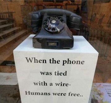 Telefon dawniej.
